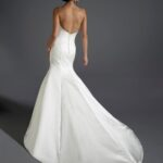 Bridal Gallery Eternity Bridal d5052-back