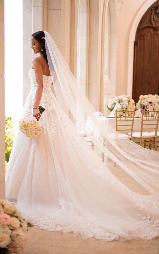 383602d9b7c ... 6776 Stella York wedding dress back ...